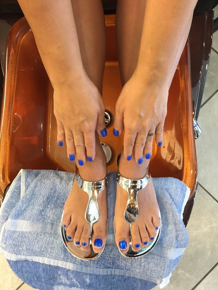 sns-color-on-nail-match-color